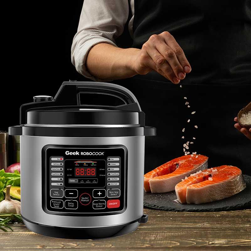 Geek Robocook Digi Automatic Electric Pressure cooker makes yummy chicken momos