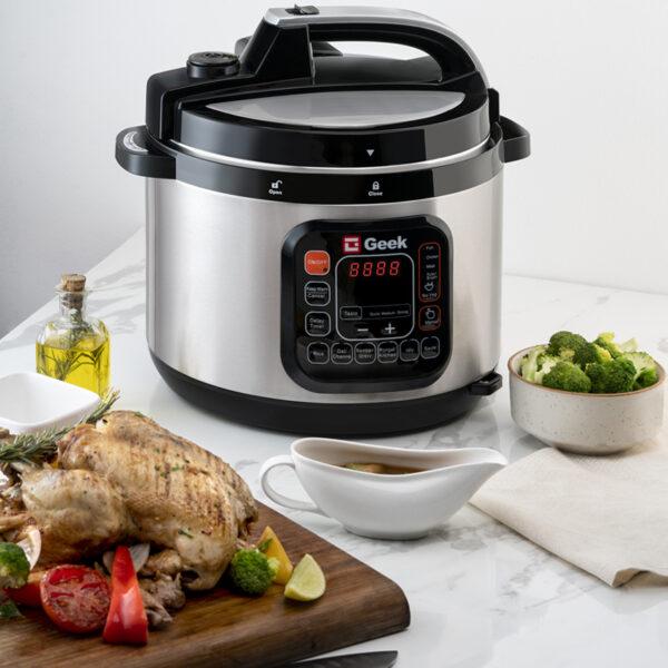 Full chicken roast with Geek Robocook Zeta Automatic Electric Pressure cooker