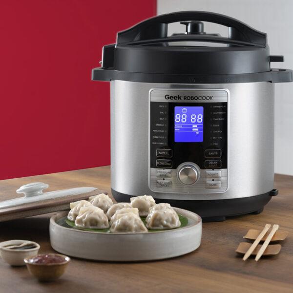 Geek Robocook Digi Automatic Electric Pressure cooker makes yummy vegetarian momos