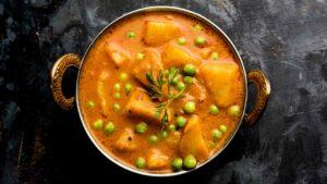 Express Green Peas With Potato Gravy