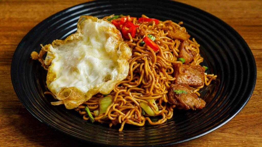 Malasiyan egg noodles