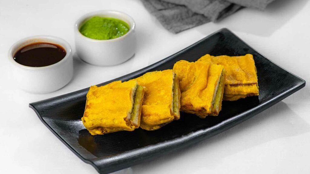 Tiranga Bread Pakora