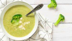 Broccoli almond soup